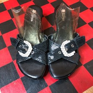 White Mountain Black Wedge Buckle Sandals Size 9M